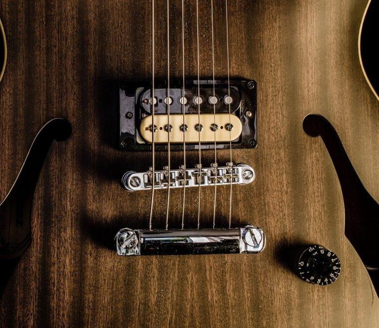 כמה זמן לוקח ללמוד גיטרה