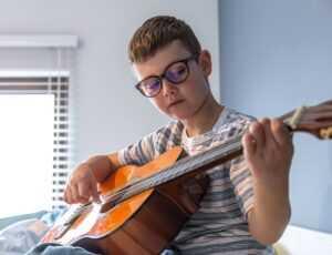 המוזיקה והשפעתה על התפתחות הילד